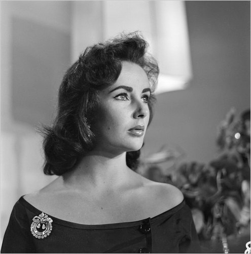 Elizabeth Taylor's death: the end of a glittering Hollywood era